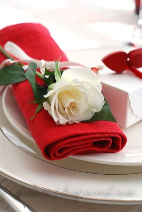 Elegant Table Settings Design Ideas For Valentines Day25