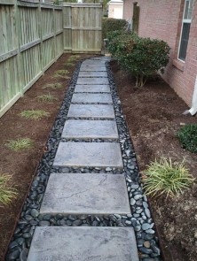 Inspiring Stepping Stone Pathway Decor Ideas For Your Garden32