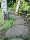 Inspiring Stepping Stone Pathway Decor Ideas For Your Garden33