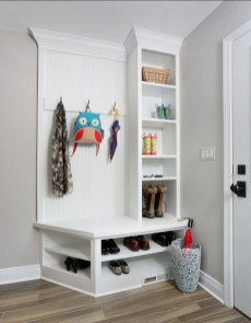 Awesome Mudroom Entryway Decorating Ideas05