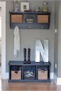 Awesome Mudroom Entryway Decorating Ideas30
