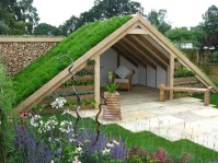 Awesome Shed Garden Plants Ideas23