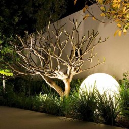 Comfy Low Maintenance Front Yard Landscaping Ideas19