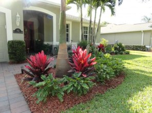 Comfy Low Maintenance Front Yard Landscaping Ideas27