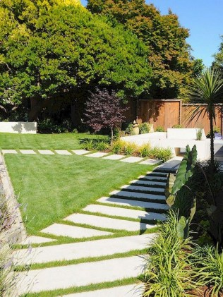 Comfy Low Maintenance Front Yard Landscaping Ideas37