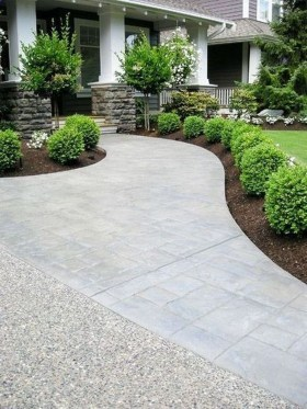 Inexpensive Front Yard Landscaping Ideas11