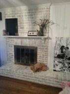 Modern Brick Fireplace Decorations Ideas For Living Room29