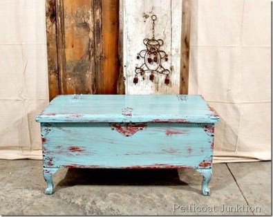 Awesome Distressed Furniture Ideas31