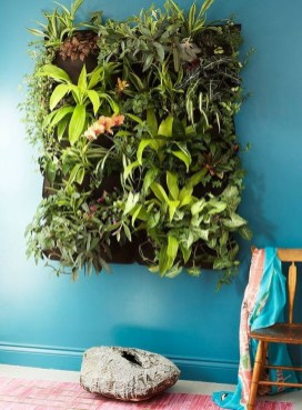 Cute Living Wall Décor Ideas For Indoor And Outdoor16