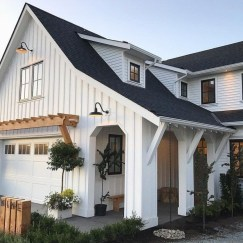 Popular Farmhouse Exterior Design Ideas07