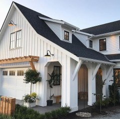 Popular Farmhouse Exterior Design Ideas12