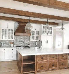 Pretty Farmhouse Kitchen Design Ideas To Get Traditional Accent06
