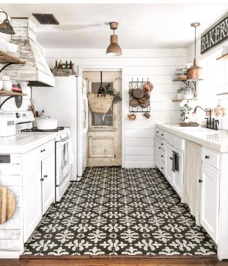 Pretty Farmhouse Kitchen Design Ideas To Get Traditional Accent22