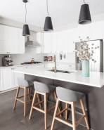 Stunning Kitchen Island Ideas With Seating11