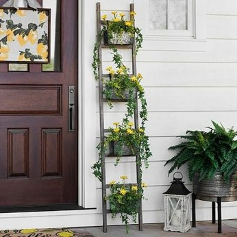 Adorable Porch Planter Ideas That Will Give A Unique Look10