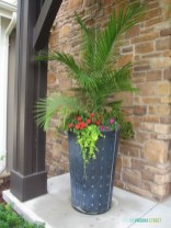 Adorable Porch Planter Ideas That Will Give A Unique Look12