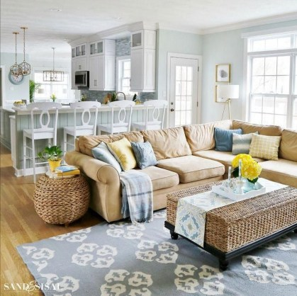 Affordable Family Room Décor Ideas For Your Family10