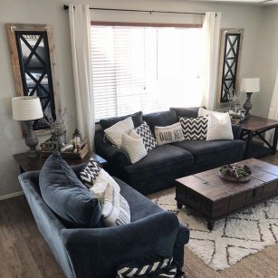 Affordable Family Room Décor Ideas For Your Family32