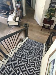 Beautiful Color Ideas For Your Stairs Decoration07