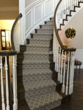 Beautiful Color Ideas For Your Stairs Decoration22