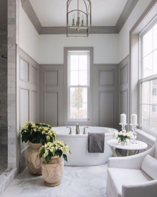 Charming Traditional Bathroom Decoration Ideas Just Like This05