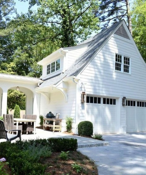 Cute Home Garage Design Ideas For Your Minimalist Home21
