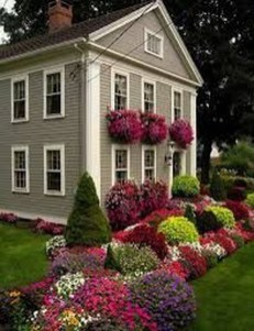 Cute Landscaping Ideas You Can Put In House Page01