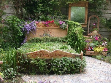 Fancy Diy Flower Beds Ideas For Your Garden34