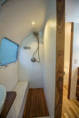Fascinating Rv Remodel Ideas For Bathroom On A Budget08