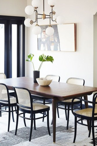 Best Minimalist Dining Room Design Ideas For Dinner With Your Family20