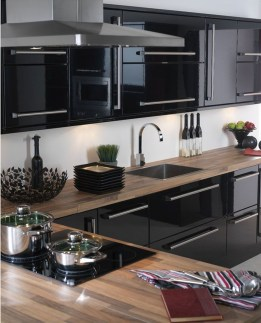 Elegant Black Kitchen Design Ideas You Need To Try24