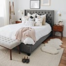 Awesome Bedroom Rug Ideas To Try Asap44