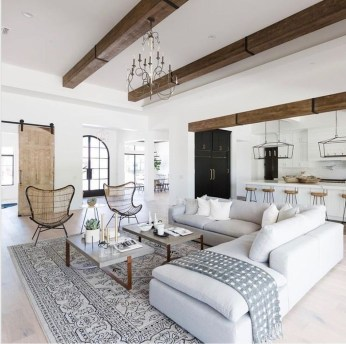 Comfy Living Room Decor Ideas To Make Anyone Feel Right At Home11