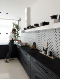 Incredible Black And White Kitchen Ideas To Try22