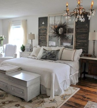 Spectacular Farmhouse Master Bedroom Decorating Ideas To Copy13