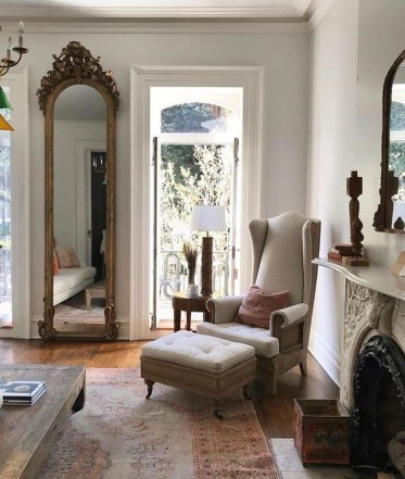 Awesome Living Room Mirrors Design Ideas That Will Admire You01