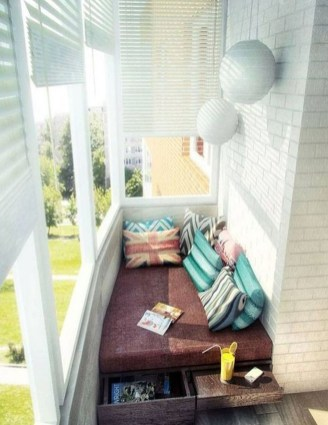 Brilliant Closed Balcony Design Ideas To Enjoy In All Weather Conditions25