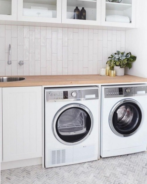 Charming Small Laundry Room Design Ideas For You37