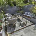 Chic Small Courtyard Garden Design Ideas For You37