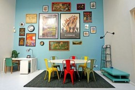 Stunning Dining Room Design Ideas With Multicolored Chairs23