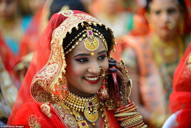 Bride In A Mass Wedding Mahesh Savani Mass Marriage