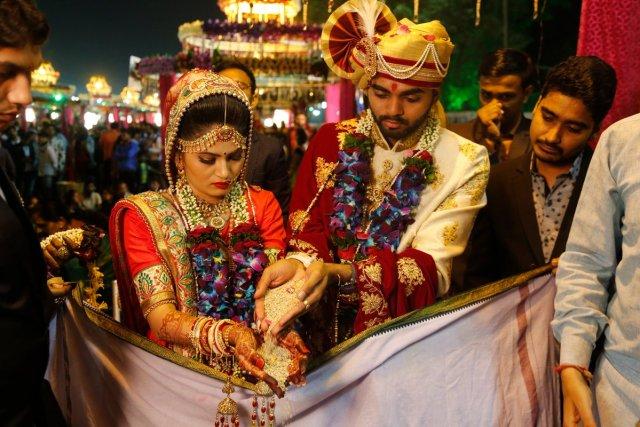 Mass Wedding In Surat Organised By Mahesh Savani