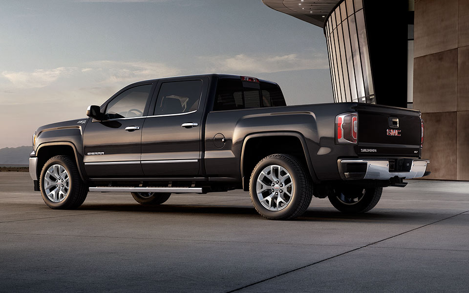 2016-gmc-sierra1500-mov-exterior-mm1-lightbox-960x600-02