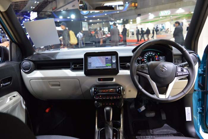 maruti-ignis-interior-dashboard