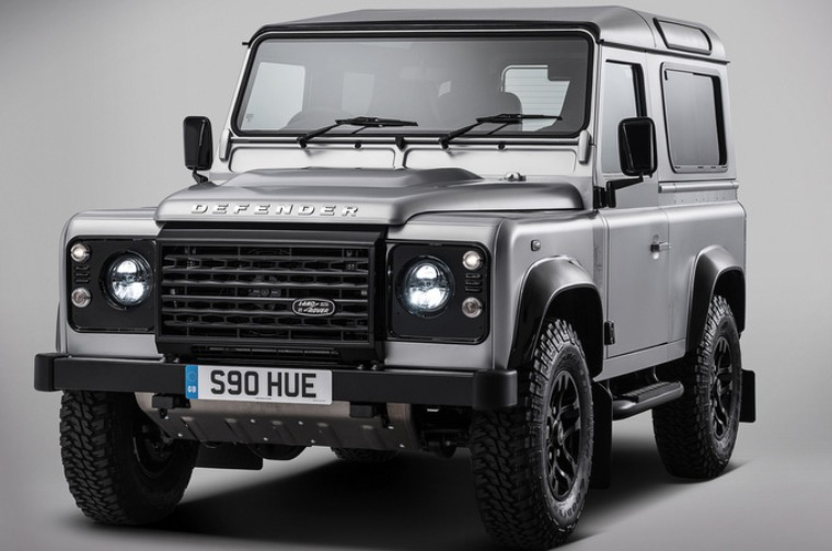 defender-2m-article_281-182674_760x503