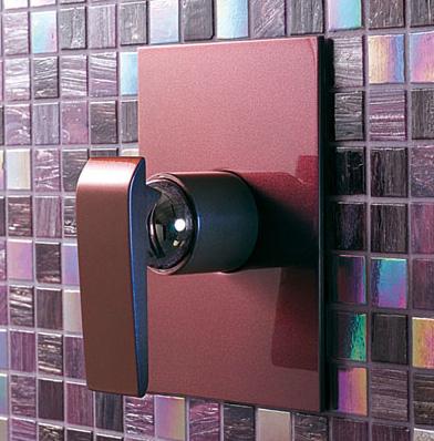 M&Z Teo shower mixer in burgundy
