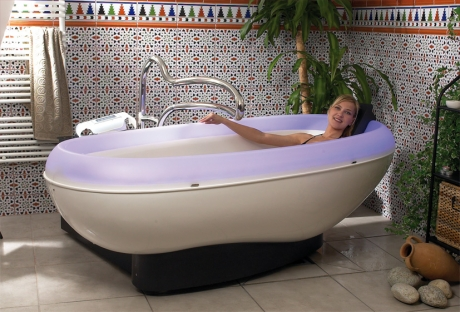 stas-doyer-automatic-bathtub-dulce-1.jpg