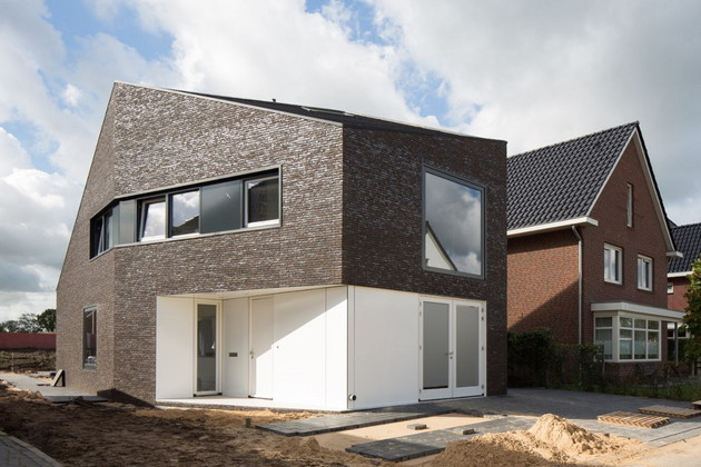 modern-family-home-netherlands-tradition-with-a-twist-1.jpg