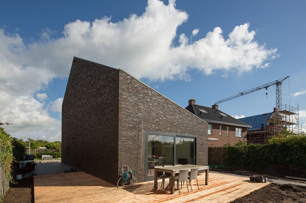 modern-family-home-netherlands-tradition-with-a-twist-3.jpg