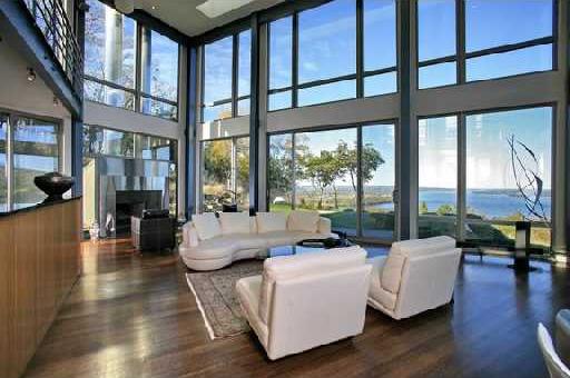 https://i2.wp.com/www.trendir.com/house-design/contermporary-glass-house-2.jpg